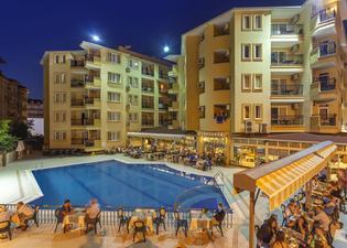 클레오파트라 로얄 팜 호텔