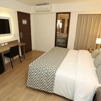 Royal Regency Palace Hotel Guestroom