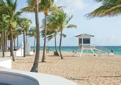 B Ocean Resort - 포트로더데일 - 해변