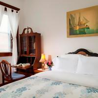 American Guest House Guestroom