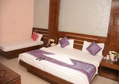 호텔 마하라니 팰리스 - 뉴델리 - 침실