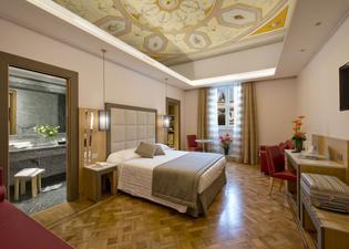 바이브 지올리 나치오날레 로마 호텔