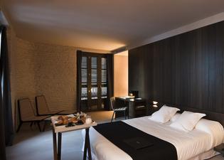 카로 호텔