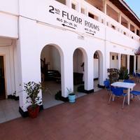 뉴 팜 트리 호텔 Open veranda at New Palm tree Hotel