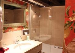 호텔 드 라 브레토느리 - 파리 - 욕실