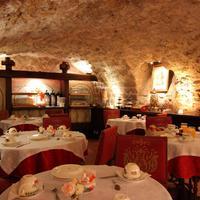 호텔 드 라 브레토느리 Breakfast Area