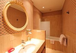 호텔 드 라 브레토느리 - 파리 - 침실