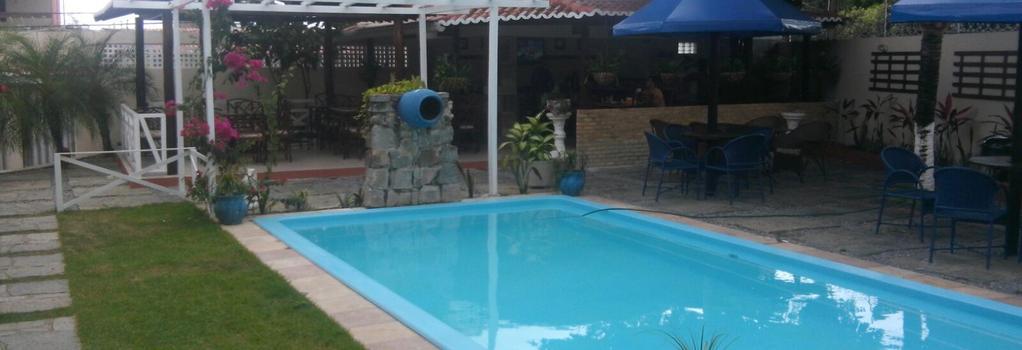 Pousada Villa Irene - 나타우 - 수영장