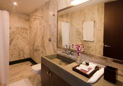더 파크 슬로프 호텔 - 벵갈루루 - 욕실