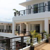 비-잉 스위트 다바오 Terrace/Patio