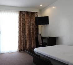 Be-ing Suites