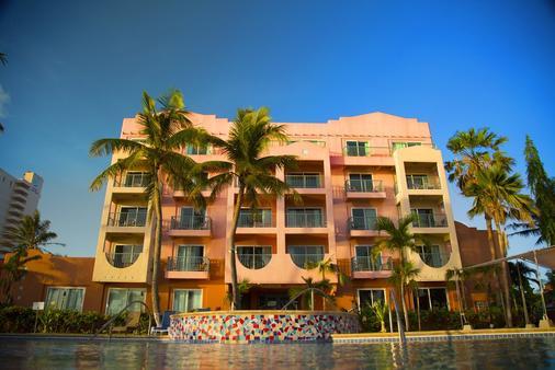 호텔 산타페 괌 - 타무닝 - 건물