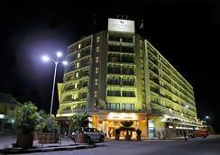 Hotel Memling - Kinshasa - 야외뷰