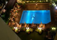 Hotel Memling - Kinshasa - 수영장