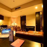 에밀리아 호텔 바이 어메이징- 팔렘방 Living Area