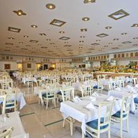 살마키스 리조트 앤드 스파 Restaurant