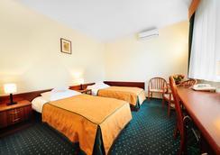 Hotel T&T - Poznan - 침실