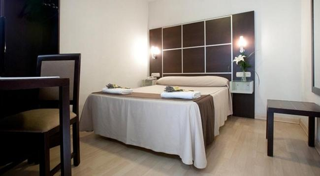 호텔 로스 기라솔레스 - 그라나다 - 침실