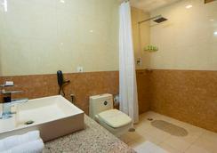 호텔 아우라 @ 공항 - 뉴델리 - 욕실