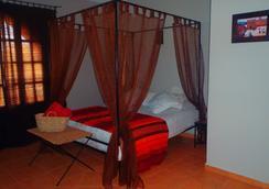 리아드 레 2몽드 - 에사우이라 - 침실