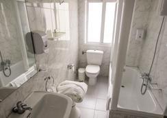 Hotel Vigo Plaza - 비고 - 욕실