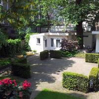 호텔 알렉산더 Garden View
