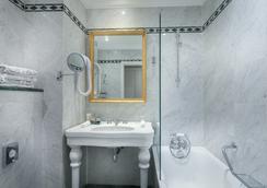 그랜드 호텔 드 유니베르 생제르맹 - 파리 - 욕실