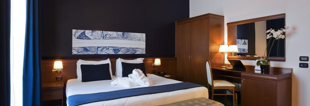 그랜드 호텔 티베리오 - 로마 - 침실