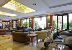 그랜드 호텔 티베리오 - 로마 - 로비