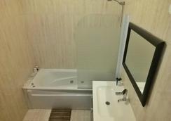 시티 호스텔 리스본 - 리스본 - 욕실