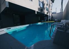 쉘터 호텔 - 로스앤젤레스 - 수영장