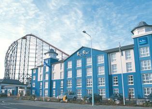 더 빅 블루 호텔