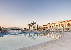 Princess Beach Hotel - 라르나카 - 수영장