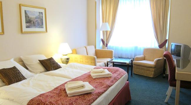 호텔 미라 - 프라하 - 침실