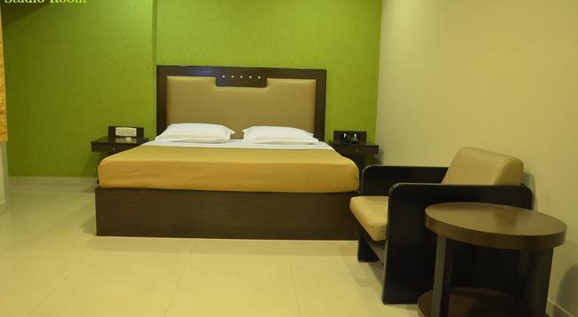 산톰 인 마이라포르 - 첸나이 - 침실