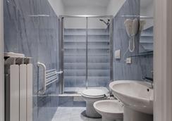 도무스 나폴레오네 - 로마 - 욕실