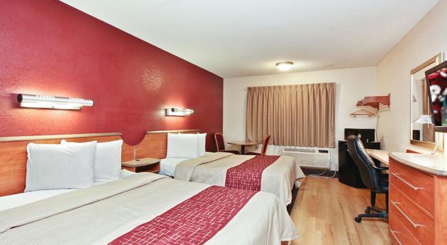Red Roof Inn Santa Ana - 산타아나 - 침실