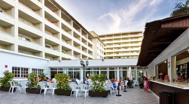 호텔 로크 코스타 파크 - 토레몰리노스 - 건물
