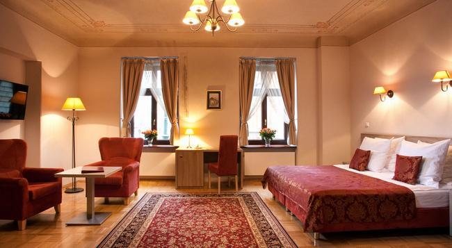Hotel Santi - 크라쿠프 - 침실