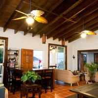 Two Sandals by the Sea Inn - B&B Featured Image