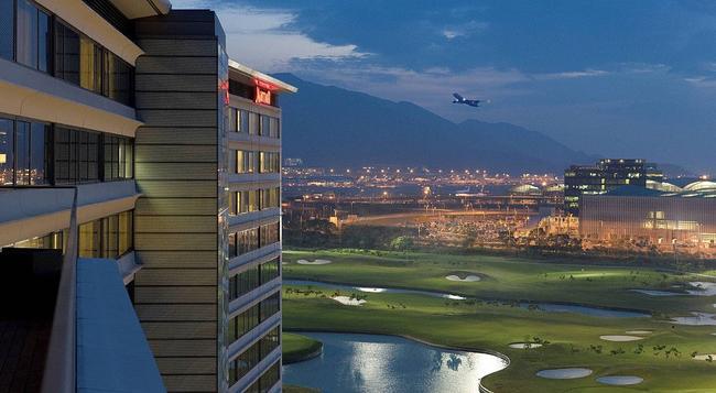 홍콩 스카이시티 메리어트 호텔 - 홍콩 - 건물