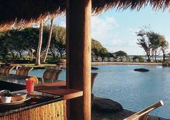 2417 @ Oceanfront Kauai Beach Resort, Lihue - 리후에 - 수영장