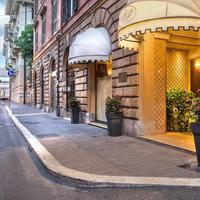 리버 팰리스 호텔 Hotel Entrance