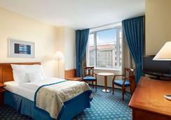 호텔 라마다 프라하 시티 센터 - 프라하 - 침실