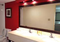 베이 하버 호텔 - 탬파 - 욕실