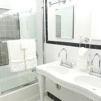 헨리 노만 호텔 Bathroom