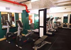헨리 노만 호텔 - 브루클린 - 체육관