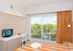 Hotel Hsm Golden Playa - 팔마데마요르카 - 침실