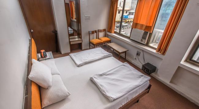 Backpacker Panda Emerald - Jaipur - 자이푸르 - 침실