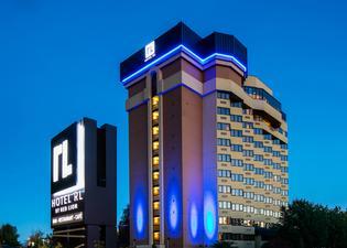 레드 라이온 호텔 앳 더 파크
